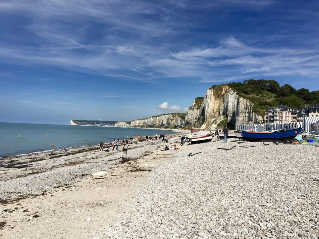 la-male-d-effeenne-normandie-post-cards-travel-food-souvenirs-memories-luggages